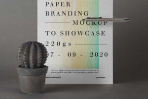 Free US Flyer Paper Mockup