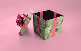 Free Gift box Mockup