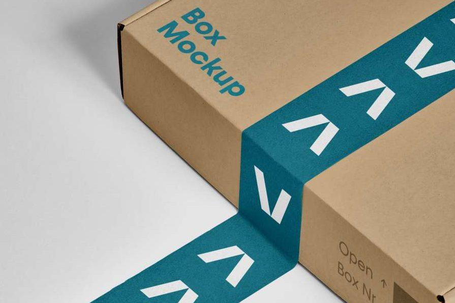 Free Box PSD Mockup