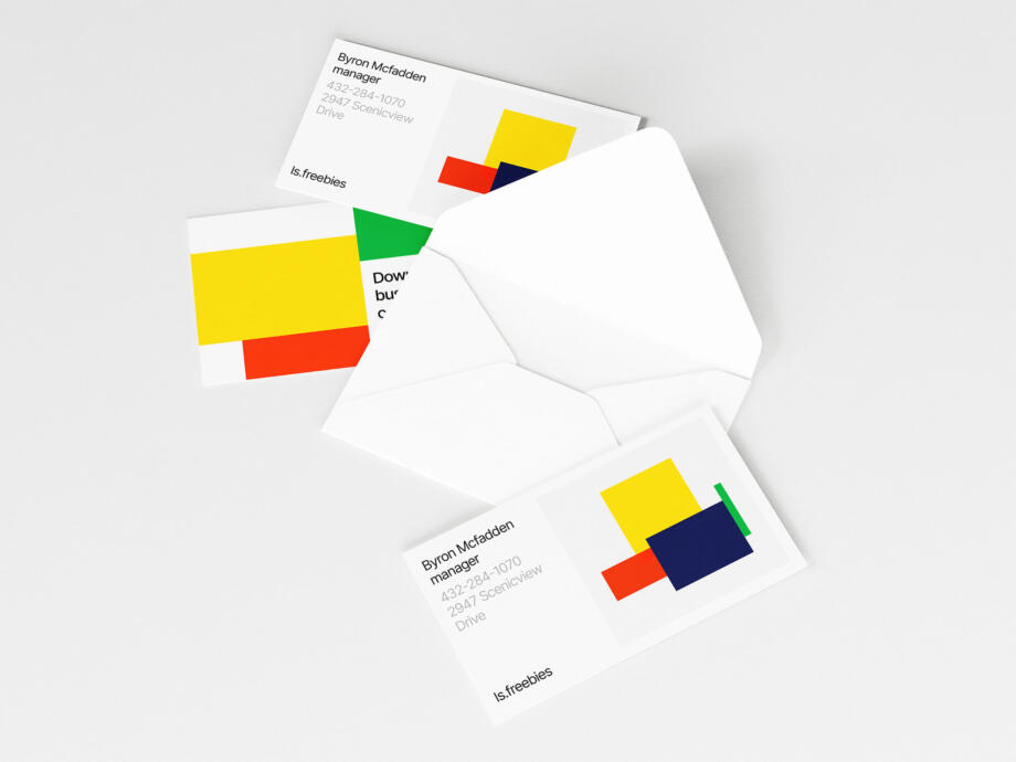 Free Opened Envelope and Business Cards Mockup PSD