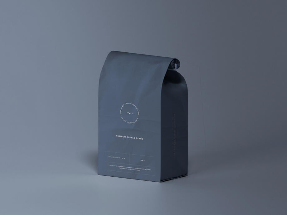 Free Simple Pouch Bag Mockup PSD