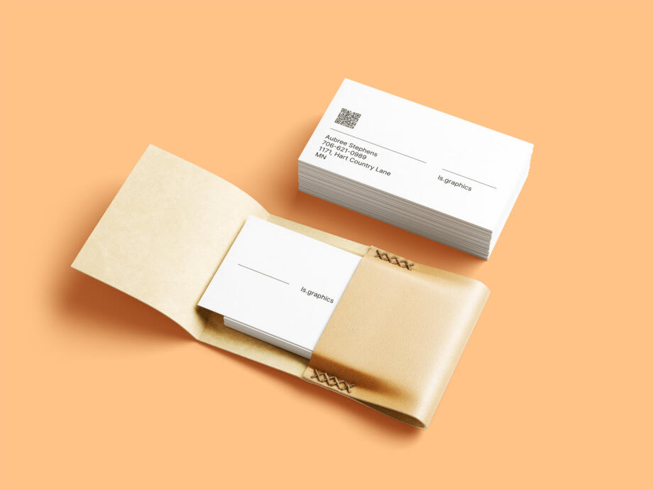 Free Business Cards & Leather Card Holder Mockup PSD