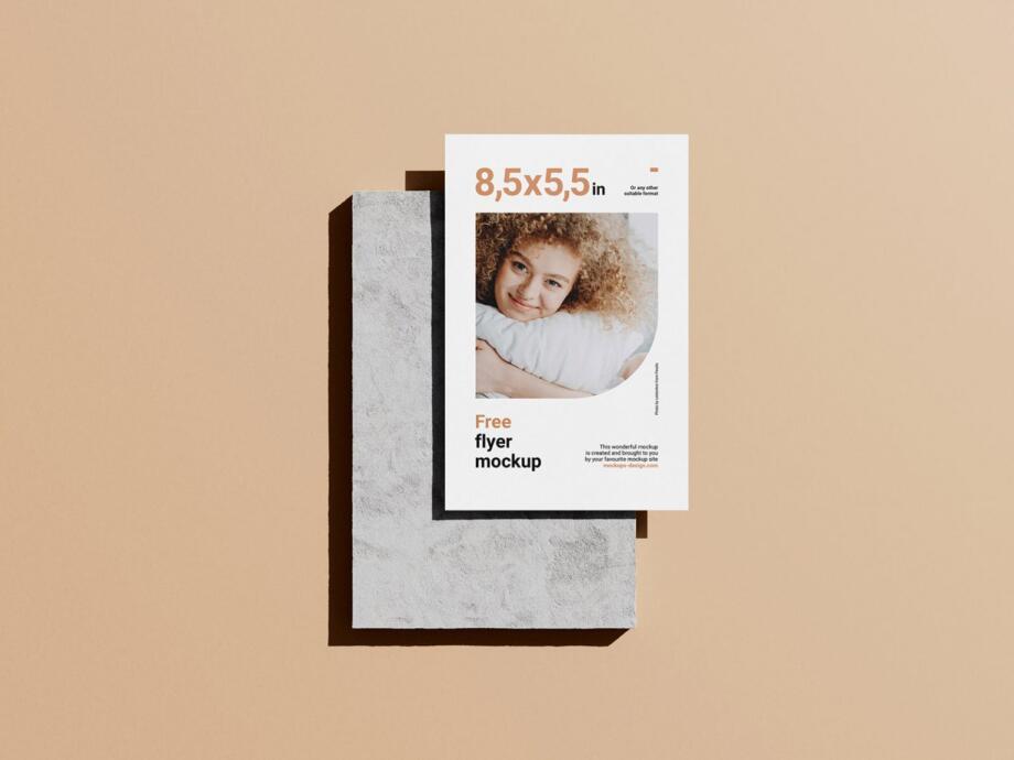 Free Single 5,5x8,5 in Flyer Mockup PSD Template
