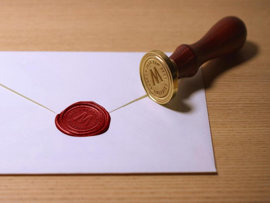 Free Wax Seal Stamp Mockup PSD Template